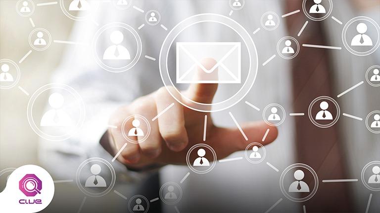الوصول الى جمهور اكبر من مزايا التسويق عبر البريد الالكتروني